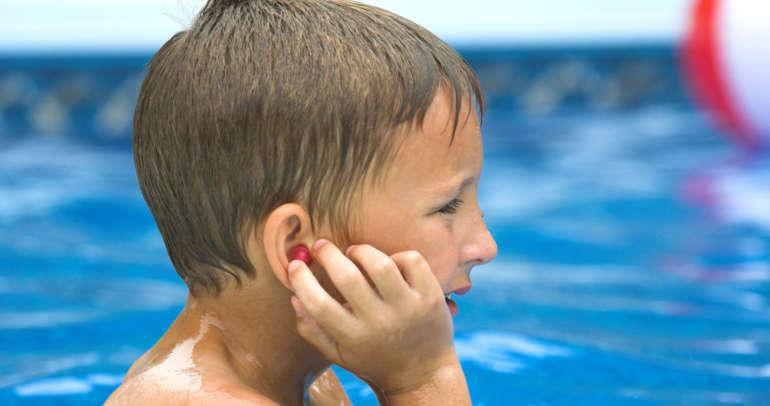 Dor de ouvido: Como evitar e tratar a otite média aguda?
